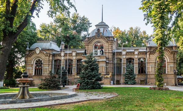 Наследие Узбекистана: уникальный музей Романова